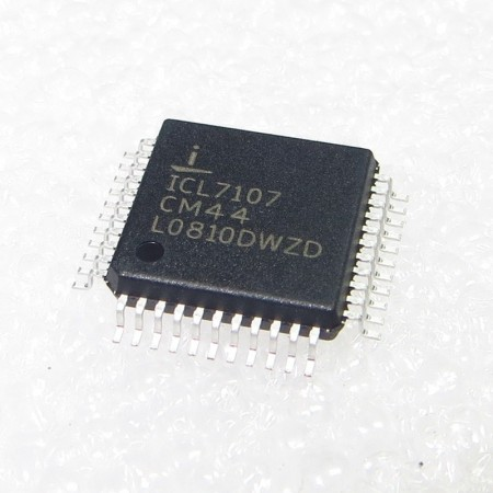IC 7107 SMD  31⁄2 Digit A/D Converters